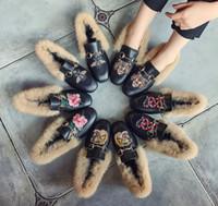 kaşmir tavşan kürkü toptan satış-Kadın Düz Ayakkabılar Kış Sıcak Hamur Ayakkabı Kaşmir Tavşan Kürk Kare Ayak Daireler Nakış Tembel Öğrenci Rahat Ayakkabılar