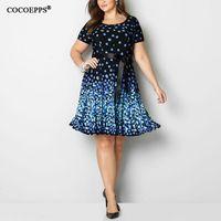 COCOEPPS 2018 Nuovo Plus Size Summer Dress stampa a pois Vintage Blue knee  lunghezza sera Party Dress Big Size Vestidos 5XL 6XL 36df8945f90