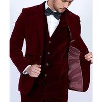 özel balo kıyafetleri toptan satış-Bordo Kadife Erkekler 3 Parça Suits Blazer Tailor Made Şarap Kırmızı Damat Balo Parti Smokin Ceket Pantolon Yelek WH219