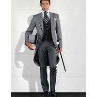мужские костюмы свадебный серый фрак оптовых-Grey Men Blazer Tailcoat Groomsman Long Mens Wedding Suit (Jacket+Pants+Vest) Men Suit Set Man Tuxedos For Prom Dinner 2017