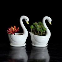 cygnes en céramique achat en gros de-Moderne 2pcs / Set Swan Blanc Céramique Planteur Pour Succulentes Décoratives De Bureau Succulentes Pots Mini Pot De Fleurs Maison Jardin Décoration