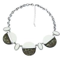 ingrosso perline di animali-tutta la venditaNuovi look Design unico Ladies Animal Print Round Beads Girocollo in resina di alta qualità collier Gioielli di moda Collane donna