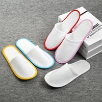 Wholesale disposable shoe slippers online - High quality Hotel Travel Disposable Indoor Slippers homec olor sandals babouche travel shoes pairs T2I029