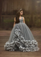 robes de fille de fleur rouge pleine longueur achat en gros de-Gris Fleur Filles Robes 2019 3D Floral Pageant Robe Pour Petites Filles À La Main Fleurs Enfants Robes De Fête D'anniversaire Sur Mesure
