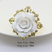 розы кольца оптовых-Hot sale 10pcs/lot white silicone Roses Napkin rings golden napkin rings For Romantic Weeding Party Table Decoration