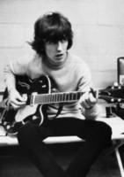 posters guitarras al por mayor-George Harrison tocando el póster con la impresión de seda del arte de la guitarra 24x36 pulgadas (60x90cm)