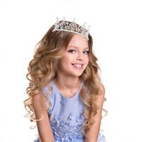 çocuk çocukları tiara toptan satış-Yeni Çocuk Saç Aksesuarları Prenses Tiara Kafa Bebek Taç Inci Kek Pişirme Dekor Çocuk Şapkalar
