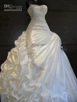 Wholesale sexy beaded strapless wedding dresses for sale - Gorgeous A Line Strapless Crystal Wedding Dresses Ruffles Crystal Beaded Beautiful Bridal Gowns Vintage Wedding Dress