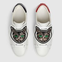 Wholesale genuine patch resale online - Men Women Sneakers Luxury Embroidered Sequins Cat Casual Shoes Designer sneakers Low Top Removable patch White Leather shoes Size