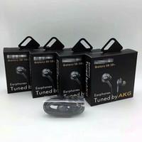 caja de paquetes de auriculares al por mayor-la caja más nueva S8 Auriculares Auriculares de 3,5 mm en la oreja Auriculares Auriculares Auriculares Con control remoto de volumen de micrófono Para SAMSUNG S8 con paquete al por menor
