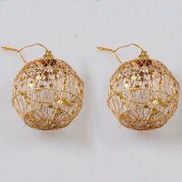 ingrosso artigianato decorativo di natale-6pcs / Lot Hollow Iron Crafts Natale decorazioni Ornamenti palla oro Paillette albero di natale appeso ornamento partito decorazioni per la casa