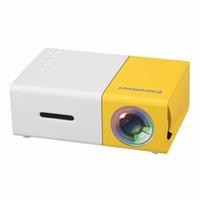 projetores de vídeo ao ar livre venda por atacado-YG300 projetor portátil 600 Lumens YG300 320 x 240 Pixels Suporte Media Player 1080P HD LCD LED Projetores Início Protector Cradle projeto