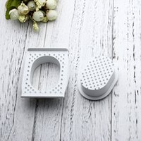 Wholesale protectors security - Creative Melon Graters Box Hand Protector Useful Kitchen Tools Utensil Fun Practical Plastic Vegetables Shredder Security Handle 1 9rx Z