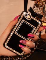 iphone kutuları zincirleri toptan satış-Parfüm Şişesi Tasarım 3D El Yapımı Parlak Sparkle Elmas tpu Yumuşak Telefon Kılıfı için Zincir kordon ile iphone 6 7 8 artı x xs Xr xs max