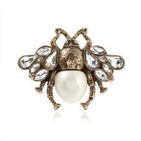 regalos especiales para amigos al por mayor-Personalidad mujeres del hotsale del anillo de oro del cristal plateado del anillo de insectos abeja para las niñas Mujeres regalo especial para Amigos NL-712