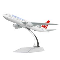 Wholesale airlines metal - New hot sale 1:400 Turkish Airlines Boeing 777-300 16cm alloy metal model aircraft child Birthday gift plane models chiristmas gift