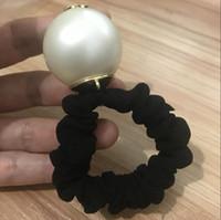 marque de perle achat en gros de-Super bonne qualité accessoires de cheveux de luxe grande perle avec marques de corde de cheveux marque cravate de cheveux Vip avec sac et timbre cadeau de fête pour souvenir