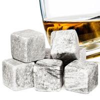 enfriador de bolsa al por mayor-Whisky Stones Sipping Rock Cooler Cubos de hielo reutilizables Scotch Rocks Bolsa de granito 9 piezas Granite Drink Stones Fun Velvet Pouch