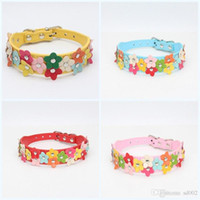 Wholesale flower leather dog collar online - Leather Puppy Dog Collar Fashion Multi Colourful Flowers Creative Necklace Popular Exquisite Lovely Removable Collars Pet Supplies sz jj