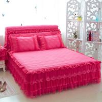 ropa de cama de encaje reina princesa rosa al por mayor-Cotton Lace Girls Princess Juegos de sábanas Rosa azul Beige Juego de falda de cama púrpura Cama extensión King / Queen / Full Twin tamaño Fundas de almohada