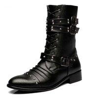 bota de pele de rebite preta venda por atacado-Chegada nova Homens Botas de Moda Rebite locomotiva Botas Altas de pele de Inverno sapatos de couro Preto PU Martin botas Man bota sapatos