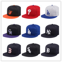 Wholesale vogue balls - 2018 new style high quality Basketball Football Baseball Hip pop Funny Adjustable Vogue Snapback Cap Hat for Men and Women free shipping