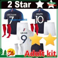 2 Stars Francia Kit para adulto camisetas de fútbol 2018 2 estrellas France  Adulto soccer jerseys copa del mundoGRIEZMANN MBAPPE POGBA DEMBELE KANTE  Jersey ... 915cd3c5ef889