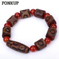 ágata tibetana dzi al por mayor-Forkup Red Bead Bracelet Tibetan Dzi Beads Agate Strand Pulsera Ojo Cilíndrico Enlace Mano Cadena Budismo Hombres Joyería Boda