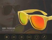 espejo de bambú enmarcado al por mayor-20 UNIDS Polarizado Marco Hecho A Mano Retro De Madera De Madera Gafas de sol de bambú Hombres Gafas de sol de bambú Mujeres Diseño de Marca Espejo de Oro Gafas de Sol