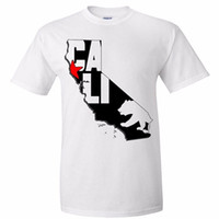 esboço de moda venda por atacado-Barato Tees Men Manga Curta Moda 2018 Tripulação Cali Mapa Silhueta Contorno Asst Cores T-shirt Tee Tees
