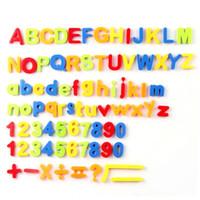ingrosso lettere numeri di simboli-Magnetico inglese lettere numeri simboli adesivi magnetici frigo adesivi 80pcs / 1 set babys giocattolo educativo costo di fabbrica a buon mercato all'ingrosso