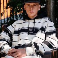 suéter blanco casual hombres al por mayor-SPM logotipo a rayas en blanco y negro bordado suéter High Street alta calidad Casual hombres y mujeres en pareja cuello redondo suéter con capucha HFSSWY108