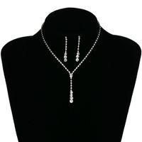 balo için gümüş takı setleri toptan satış-Gümüş Gelin Küpe Kolye Seti Gelin Takı Ucuz Sıcak Satış Kutsal Beyaz Rhinestone Kristal Parti Balo Kokteyl Parti Stokta