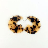"""Discount shell shaped earrings - G Shape Tortoise Shell Printed Earrings Milky Tortoiseshell Post Back Featherweight 1 7 8"""" D"""