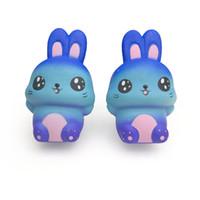 brinquedo de coelho azul venda por atacado-Coelho azul Squishy Brinquedos Bonitos 15 CM Squishies Jumbo Lento Rising Creme Dos Desenhos Animados Perfumado Pão Kid Toy Presente Frete Grátis