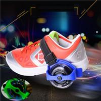chaussures de patinage achat en gros de-Enfants Scooter Enfants Sporting Poulie Allumé Clignotant Rouleau Roues Talon Skate Rouleaux Patins Roues Chaussure Skate Roller EE-114