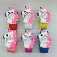 montres filles mignonnes achat en gros de-Montres de bande dessinée de silicone de montre de licorne d'enfants pour les filles de garçon montres-bracelet à quartz de montre-bracelet mignons