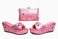 schuhe handtaschen sets großhandel-Frauen-Plattformschuhe des Spitzenverkaufs rosa mit Kristalldekoration afrikanische Schuhe entsprechen der Handtasche, die für Kleid X17, Ferse 7CM eingestellt wird