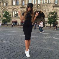 frauen beiläufige abnutzung porzellan großhandel-Frauen Bodycon Kleider Sommer Sexy Neue Fitness Schwarz Rundhalsausschnitt Kurzarm Mantel Schlank Knielangen Kleid