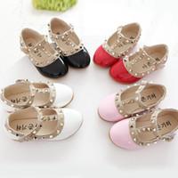 Wholesale beautiful dance shoes - Spring Style Children Princess Flat Single Shoes Beautiful Rivets Dancing Princess Kids Leather Shoes Fashion Diamond Girls Shoes