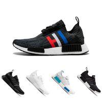 Wholesale nice lighting - 2018 Black Runner R1 Black Triple White Nice Kicks Circa Knit Men and Women Running Shoes Sneakers Originals Classic Casual Shoes