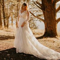 ingrosso fiore del collo nuziale-2018 Sheer Sexy Impero V Neck Abiti da sposa in pizzo Vedere se i fiori Appliqued abiti da sposa incinta BA9591