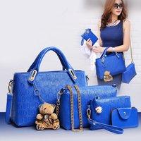 ayı marka çantası toptan satış-Sıcak Marka Kılıf Debriyaj Çanta Kadın Tasarımcı Çanta FashionTrend Eğlence Ayı Dört Setleri Çanta Crossbody Çanta Omuz Messenger Çanta