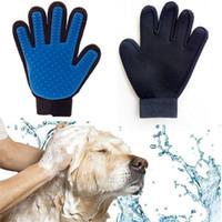 gants de nettoyage jaune achat en gros de-Silicone Animal Gant Pet Chien Deshedding Brosse Bain Nettoyage Gants De Massage Outils