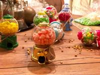 cadeaux de chocolat de mariage pour les invités achat en gros de-En plastique gumball machine boîtes bonbons boîte de chocolat faveur faveur pour le mariage invités de douche de bébé cadeaux 24pcs lot livraison gratuite en gros