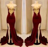 vestido rojo sin tirantes hasta el suelo al por mayor-Largos vestidos de fiesta de color rojo oscuro, con apliques de oro sin tirantes 2018 y con abertura larga, vestido de fiesta, largo del piso, vestidos formales de concurso a medida