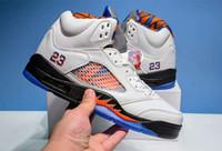 descuento zapatillas naranja al por mayor-Venta al por mayor nuevo 5 V International Flight orange hombres zapatillas de baloncesto deportes zapatillas deportivas descuento buena calidad de alta calidad al aire libre 7-12