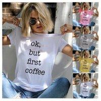 kahve giyim toptan satış-Kadın Tee Kadın Moda Sevimli Ok Ama Ilk Kahve Mektubu Baskılı T-shirt Kısa Kollu Sarı Giyim Tops Bayanlar Trendy Kadın Kıyafetler