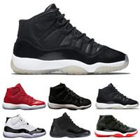 new arrival 02ffe c2495 Nike Air Jordan 11 Retro Space Jam 2018 11 Chaussures de basketball pour femmes  Hommes Basse métallisée Or Cérémonie de clôture Marine Gomme Varsity Rouge  ...
