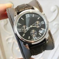 hombres de plata genuina al por mayor-Reloj de cuarzo de cuero genuino de alta calidad para hombre Reloj de pulsera de oro de alta calidad Reloj de pulsera Vida de lujo Masculino Reloj deportivo popular